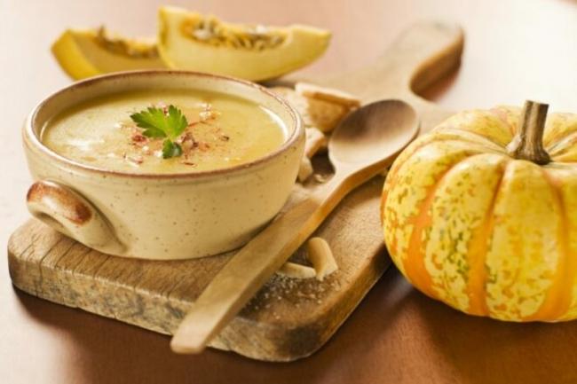 Сливочный тыквенный суп-пюре с картофелем