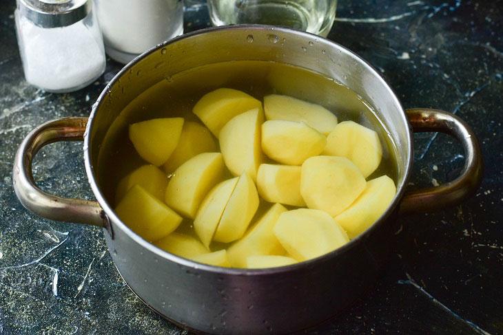 Изображение выглядит как чаша, суп, готовит пищу, сковорода  Автоматически созданное описание